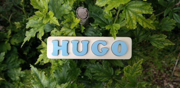 Puzzle prénom Hugo, bleu Aztéque