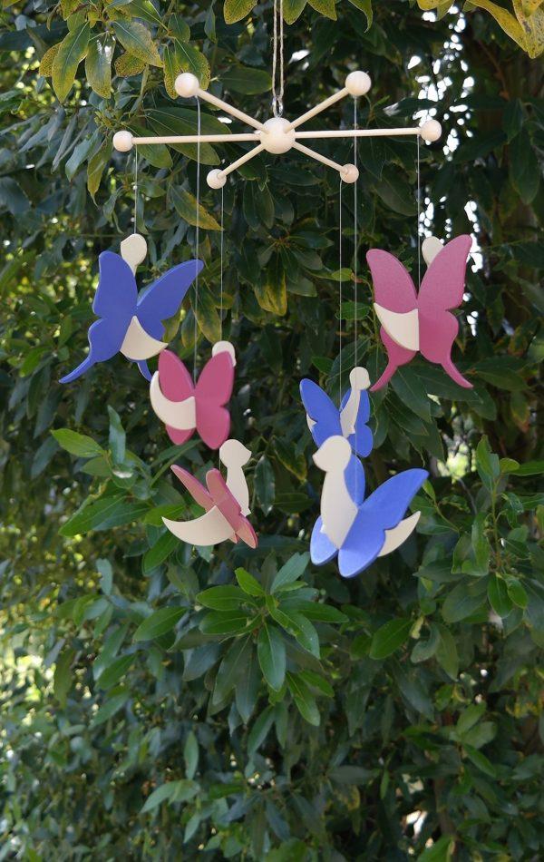 mobile papillon beige Savane, bleu Jodhpur, rose Baroque