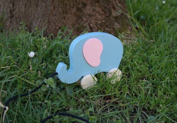 Éléphant en bois à tirer, bleu Aztèque et rose Mignardise
